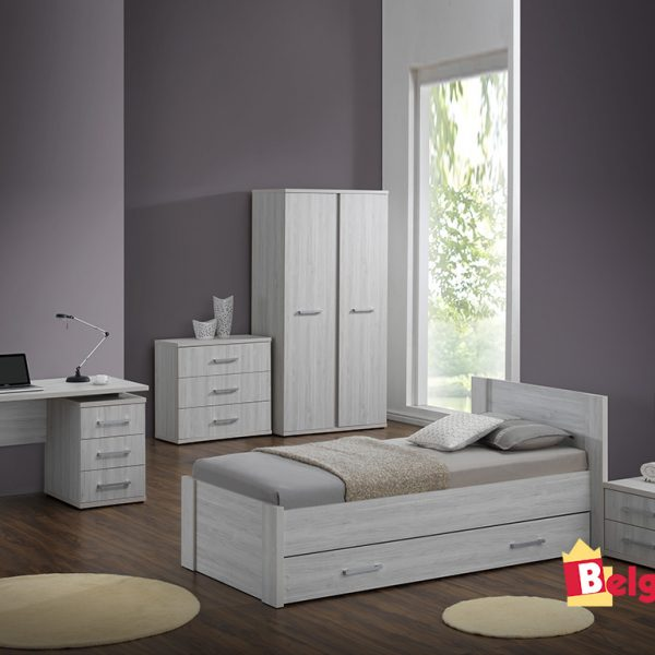 chambre a coucher eri. Black Bedroom Furniture Sets. Home Design Ideas